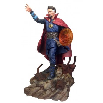 Diamond Select Marvel Gallery Avengers Infinity War Dr. Strange PVC Diorama Statue